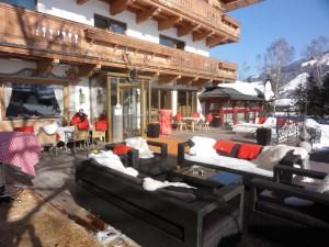 Frühlingsterrasse am Rasmushof Kitzbühel - Apres Ski in Kitzbühel