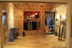 Original Streif Shop - Kitzbuehel - Rasmushof