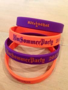 Rasmushof Charity Bänder - Almsommerparty Rasmushof